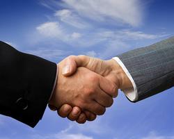 http://chel.ru/_i/news/c/regions/74/business/2010/05/19_handshake_b.jpg